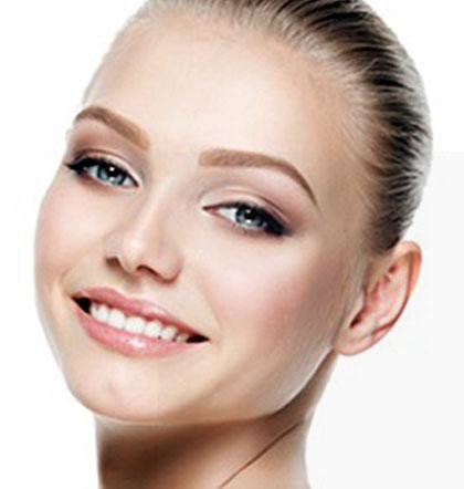 La qualité de la peau et l'ovale du visage à Paris - Dr Chreriet